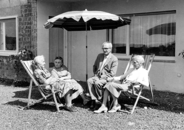 From left to right: Erika Klopp, Lucie, Günther and Marie Kegler