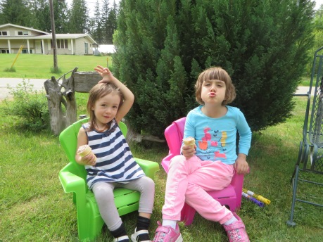 Emeline and Azure enjoying Biene's Ice Cream