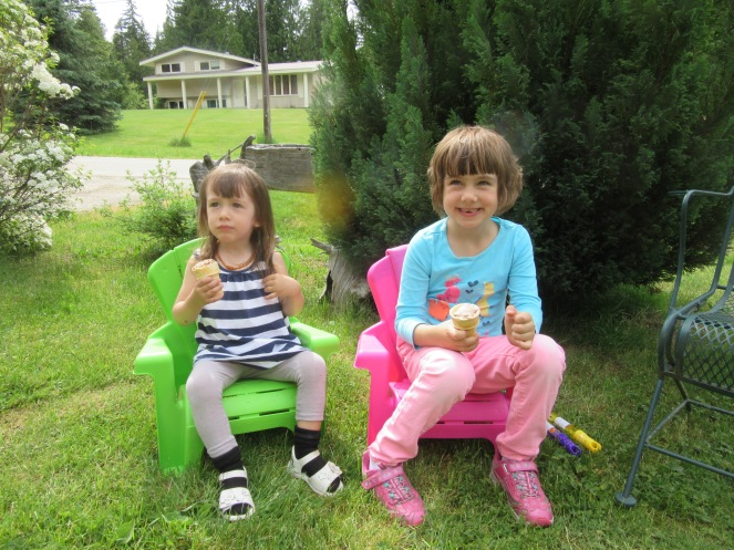 Emeline and Azure trying out the Chairs Biene bought for them
