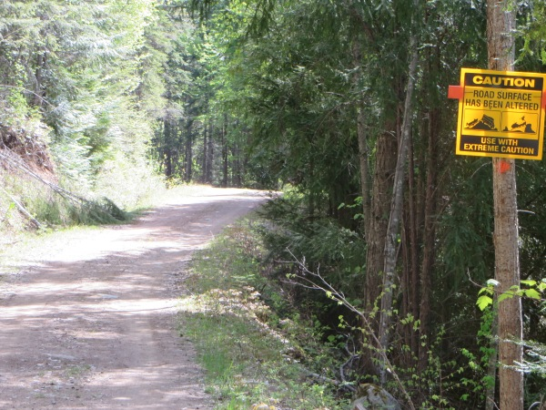 Start of Pin Creek Road with Warning Sign