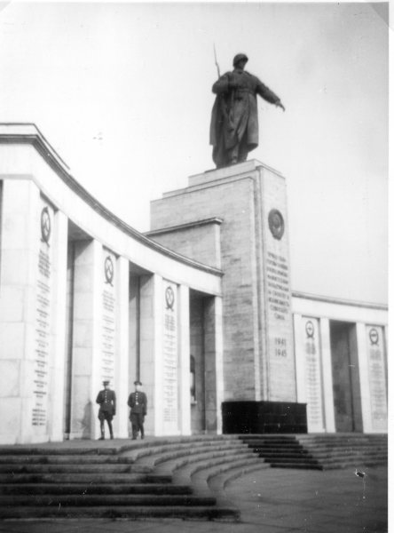 Soviet War memorial commemorating the 80,000 Russian soldiers who died in April and May 1945