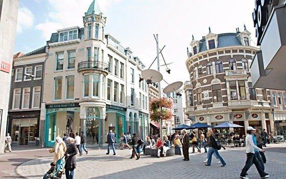 Shopping at Arnhem, Holland - Photo Credit: holland.com