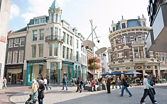 Shopping at Arnhem, Holland - Photo Credit: holland.com