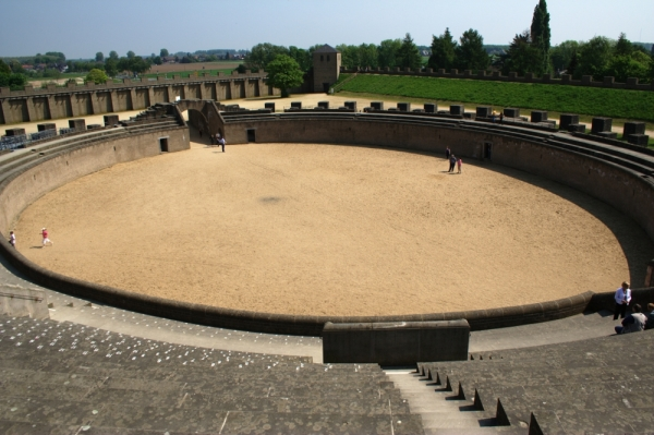 Roman Amphitheater at Xanten - Photo credit: wikipedia.org