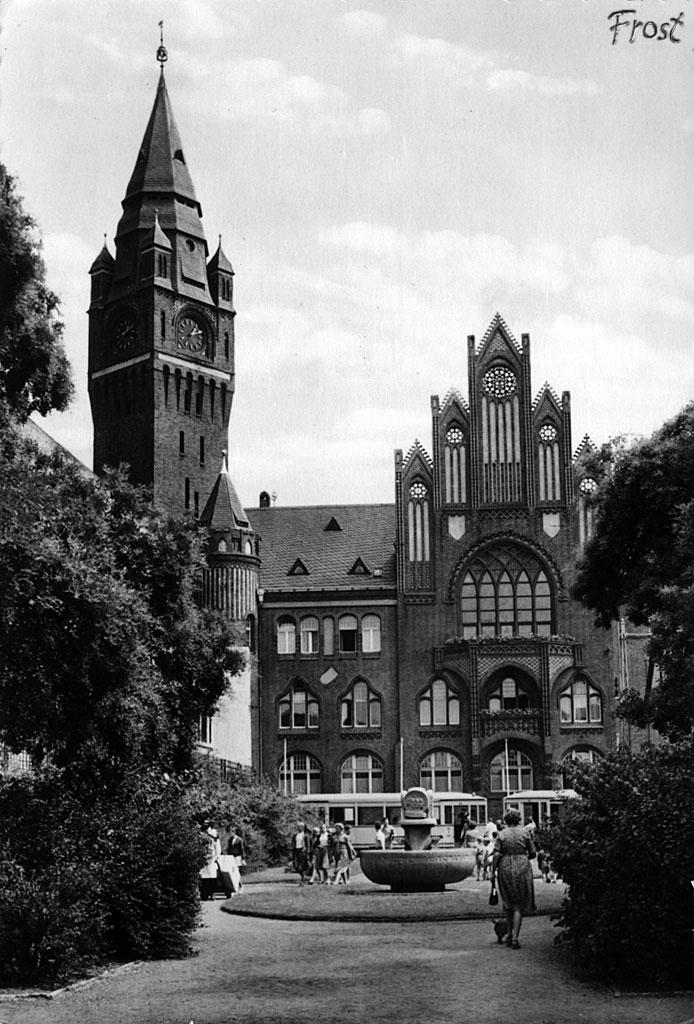 Rathaus 1961 - Photo Credit: koepenick.net