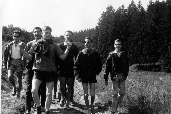 Happy Times: Class on a Hiking Field Trip