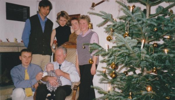 Weihnachten 1997 - Familie Norbert und Robert links oben