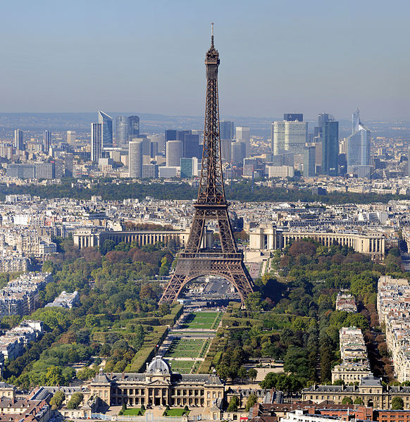 Eiffel Tower Paris - Photo Credit: wilipedia.org