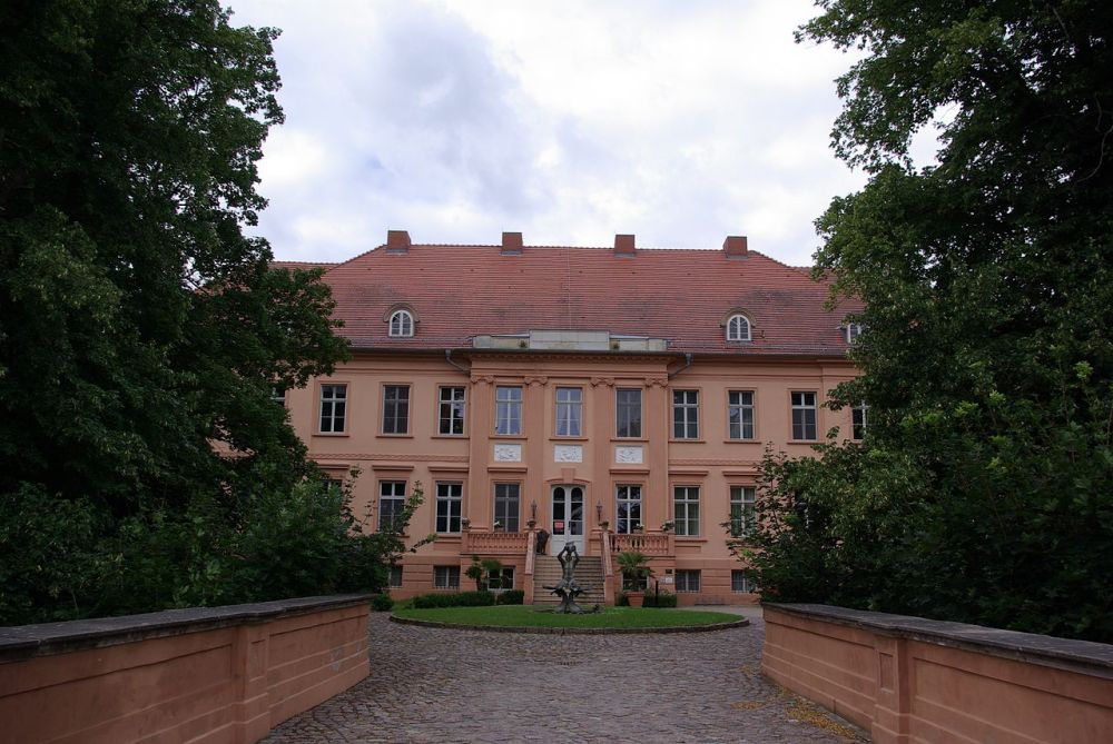 Schloss Rühstädt Photo Credit: wikipedia.org
