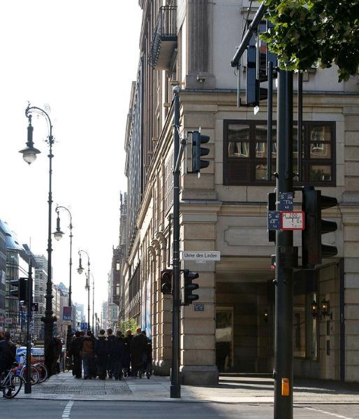 Friedrichstraße_Unter_den_Linden_Berlin - Photo Credit: wikipedia.org