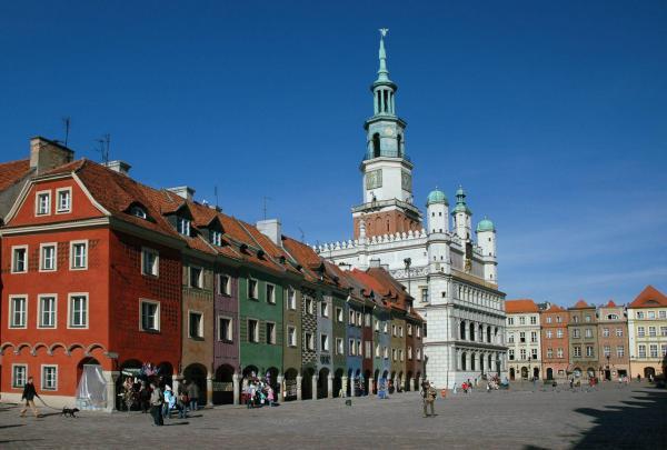 The Old Market in Poznan - Photo Credit: lis.uw.edu.pl