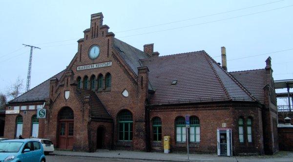 Bahnhof Magdeburg Neustadt - Foto: geolocation.ws