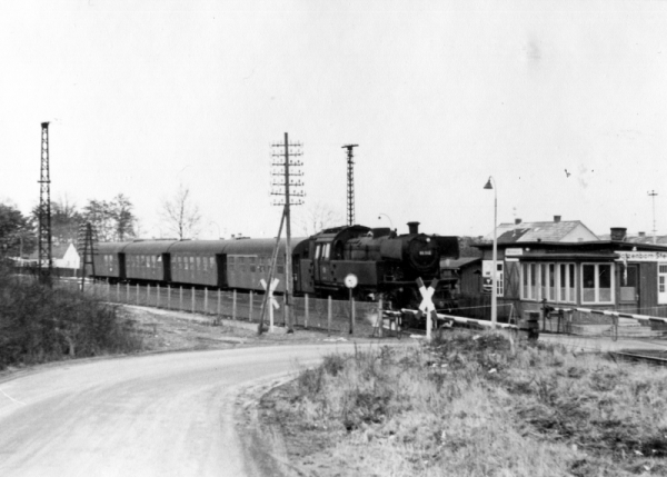 Train Arriving at Home Base: Watzenborn-Steinberg (Now Pohlheim) near Giessen