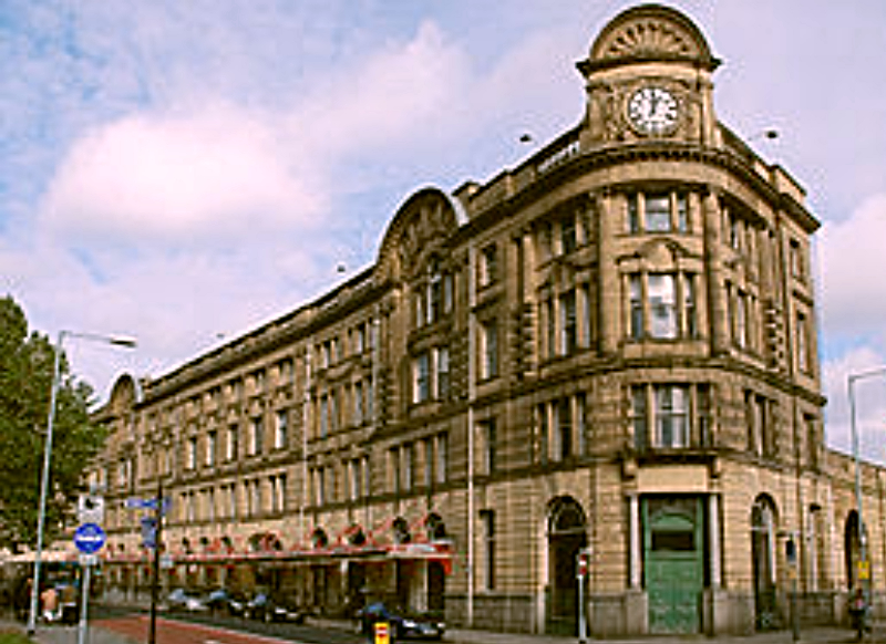 Manchester_Victoria_station Edited
